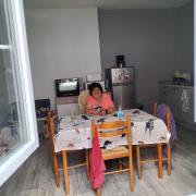 Marie claire dans son nouvel appartement